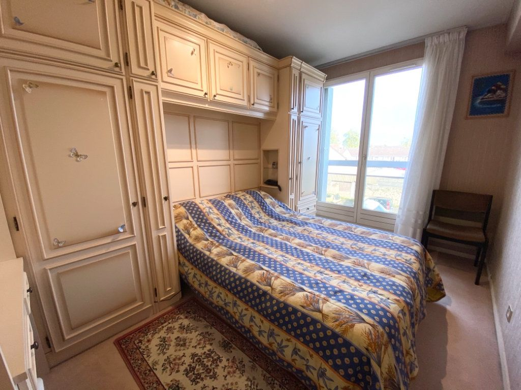 Appartement à vendre 4 72.64m2 à Ozoir-la-Ferrière vignette-8