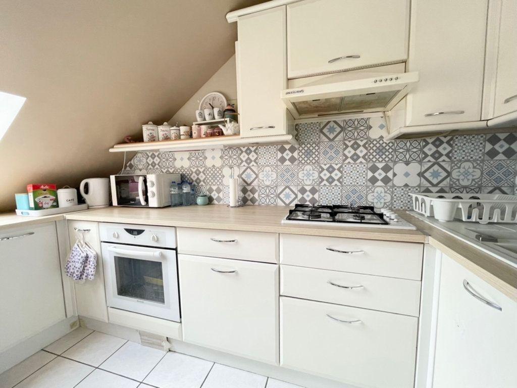 Appartement à vendre 2 38m2 à Roissy-en-Brie vignette-3