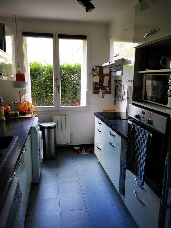 Appartement à vendre 3 60.48m2 à Ozoir-la-Ferrière vignette-3