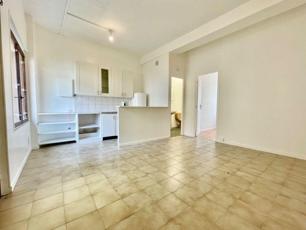 Appartement à vendre 2 33.32m2 à Ozoir-la-Ferrière vignette-1