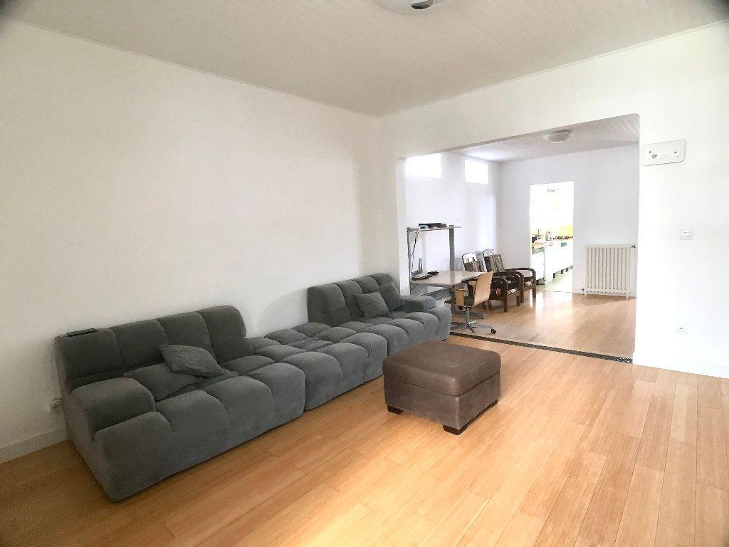 Maison à vendre 5 113.34m2 à Bobigny vignette-4