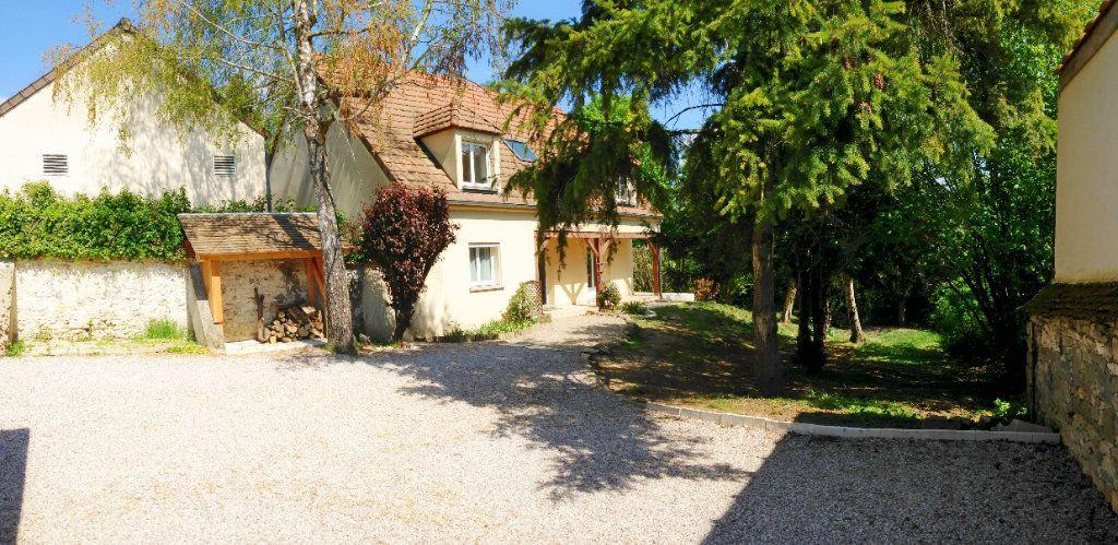 Maison à louer 6 169m2 à Montigny-sur-Loing vignette-1