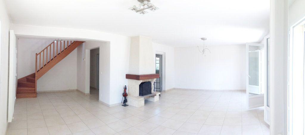 Maison à louer 6 169m2 à Montigny-sur-Loing vignette-2