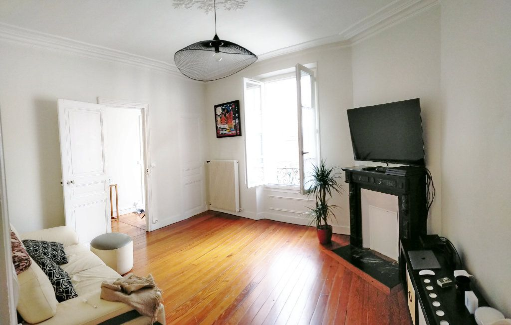 Appartement à louer 3 75m2 à Fontainebleau vignette-3