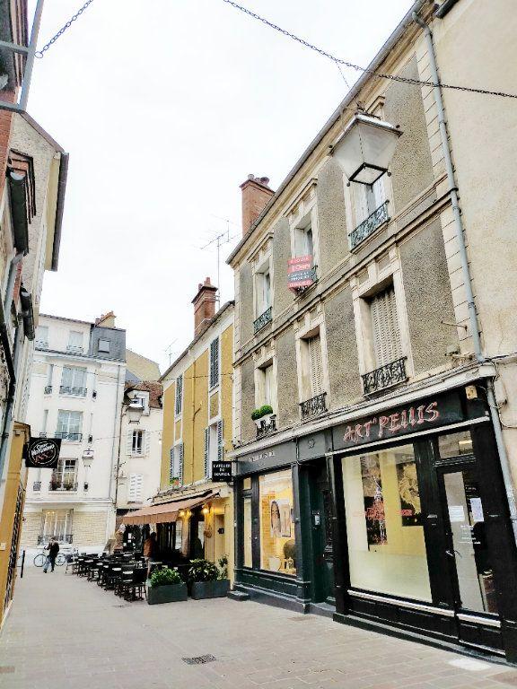 Appartement à louer 3 75m2 à Fontainebleau vignette-8
