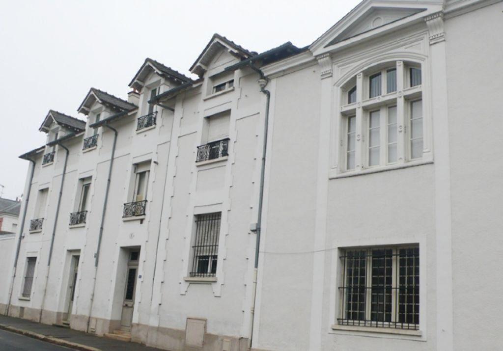 Appartement à louer 1 38m2 à Fontainebleau vignette-3