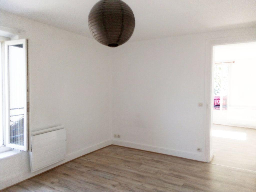 Appartement à louer 3 63m2 à Avon vignette-4