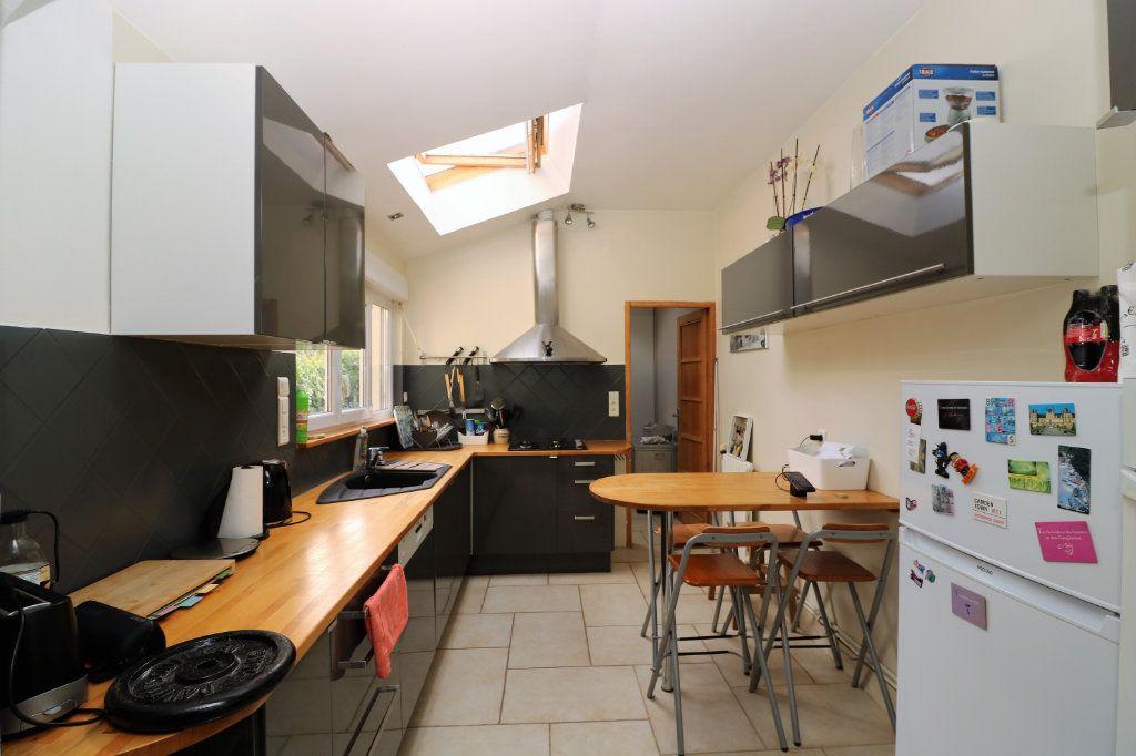 Appartement à vendre 3 86.53m2 à Pringy vignette-1