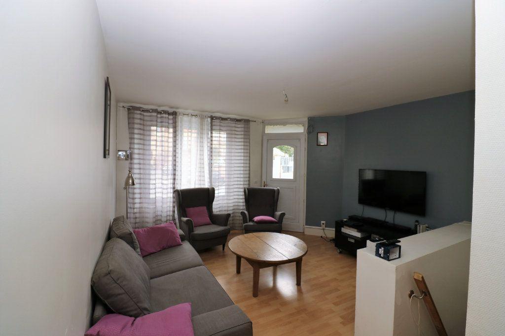 Appartement à vendre 3 86.53m2 à Pringy vignette-2