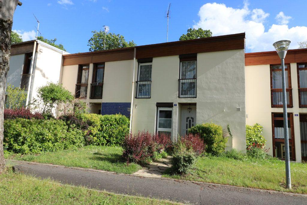 Maison à vendre 5 87.01m2 à Avon vignette-1