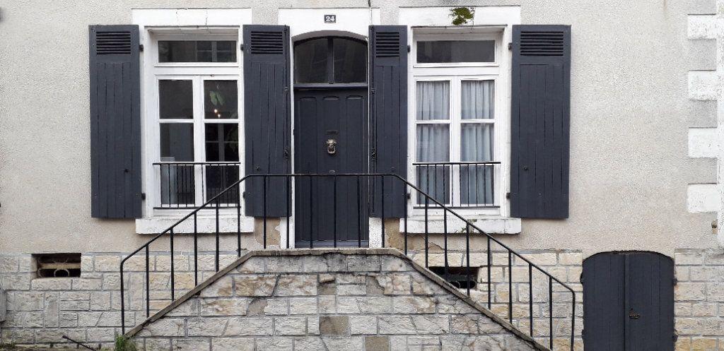 Maison à vendre 5 136m2 à Mamers vignette-1