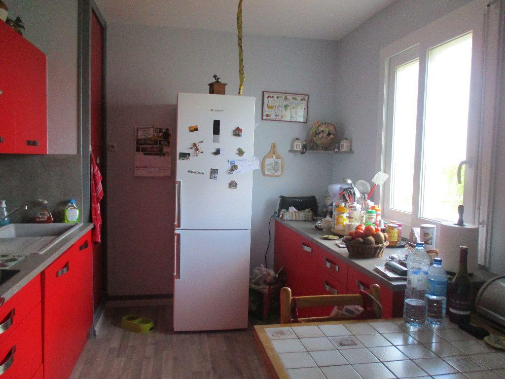 Maison à vendre 5 95m2 à Mamers vignette-4