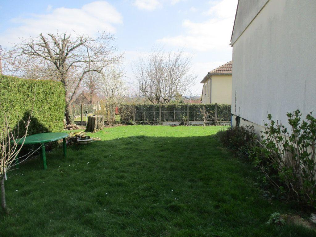 Maison à vendre 5 95m2 à Mamers vignette-13