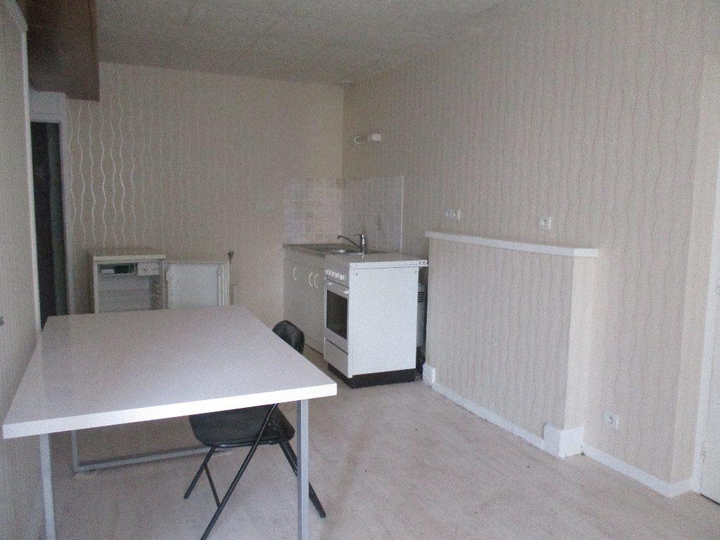 Maison à vendre 2 40m2 à Mamers vignette-2