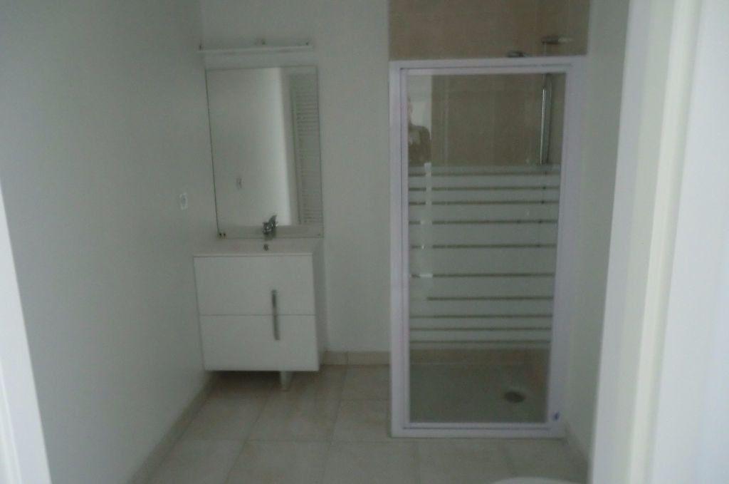 Appartement à louer 1 28.15m2 à Le Croisic vignette-3