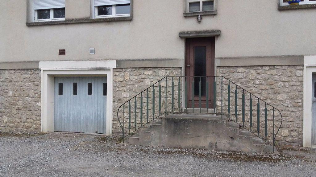 Appartement à louer 5 80m2 à Mamers vignette-8