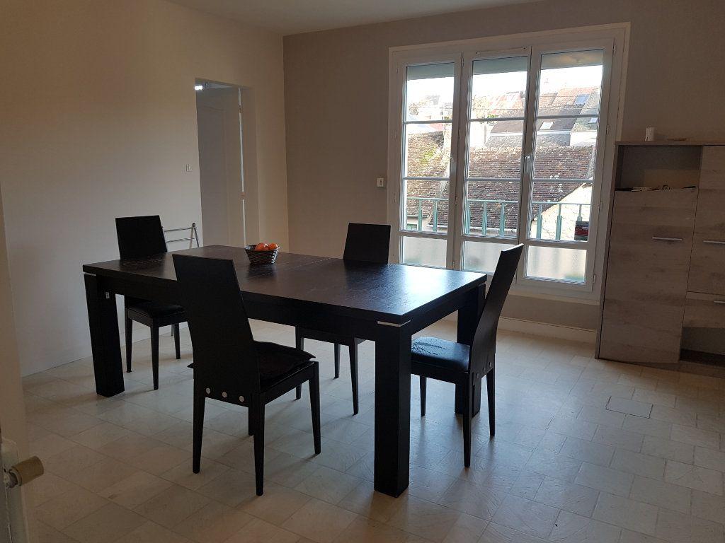 Appartement à louer 5 80m2 à Mamers vignette-14