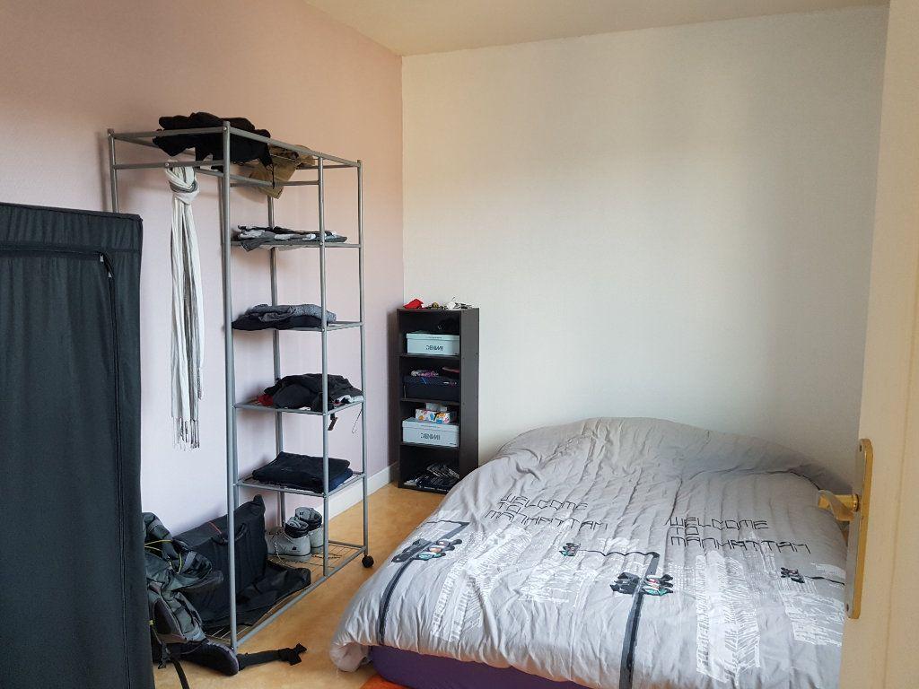 Appartement à louer 5 80m2 à Mamers vignette-16