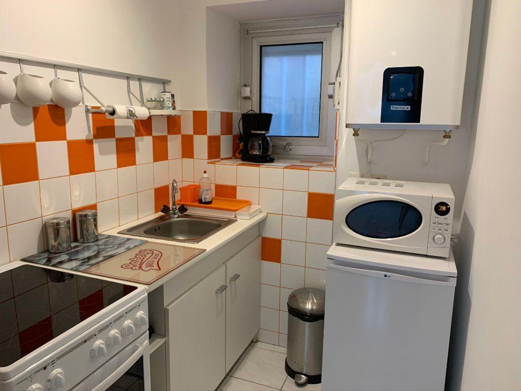 Appartement à louer 1 19.5m2 à Le Pouliguen vignette-1