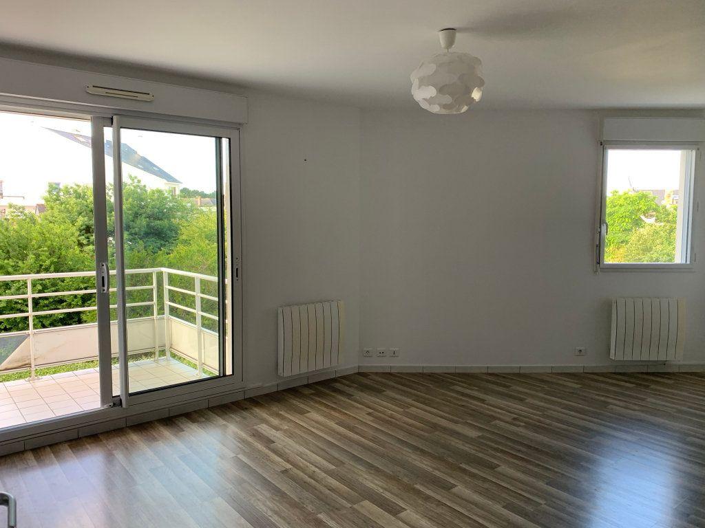 Appartement à louer 2 38.98m2 à Le Pouliguen vignette-2