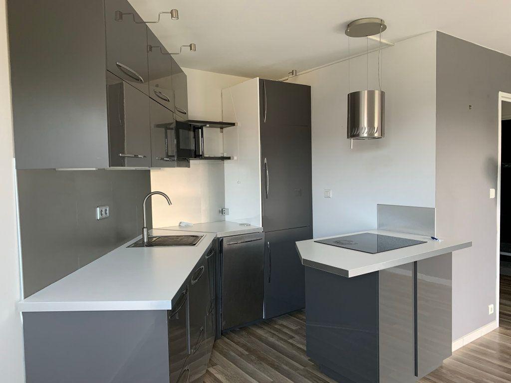 Appartement à louer 2 38.98m2 à Le Pouliguen vignette-3