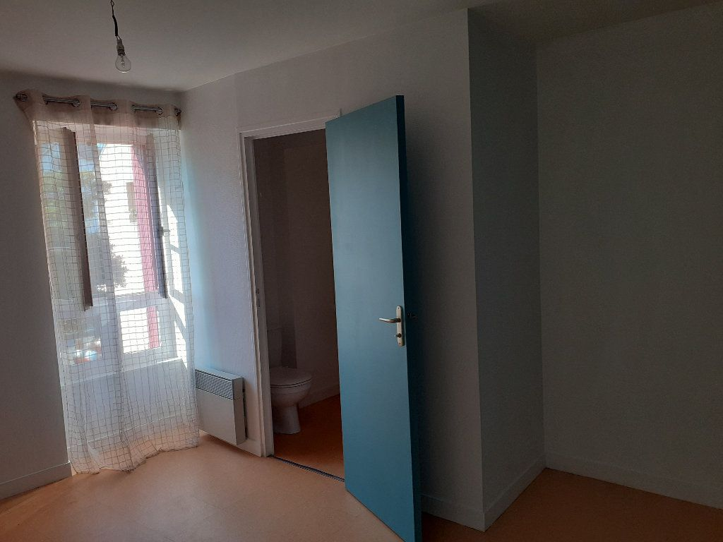 Appartement à louer 3 32.04m2 à Le Croisic vignette-2