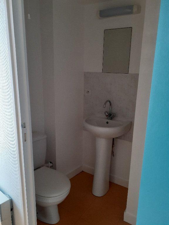 Appartement à louer 3 32.04m2 à Le Croisic vignette-4