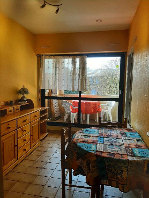 Appartement à louer 2 35m2 à Gréoux-les-Bains vignette-1