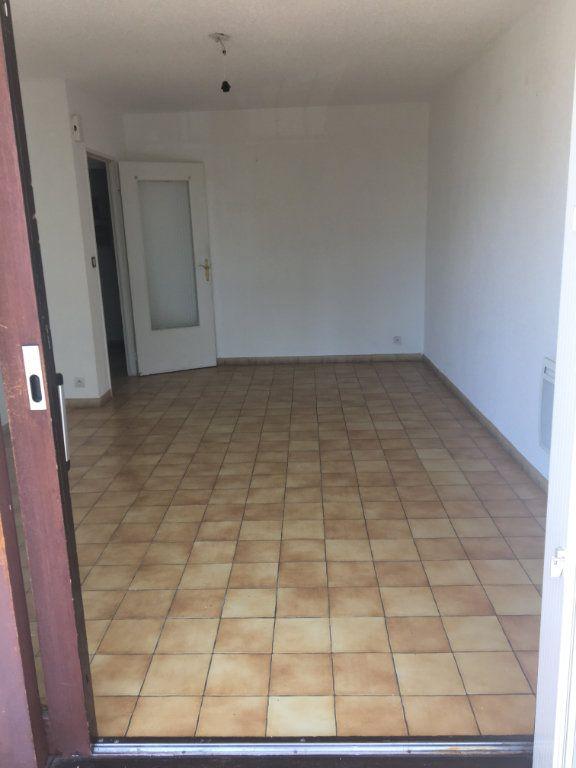 Appartement à louer 2 50m2 à Gréoux-les-Bains vignette-4