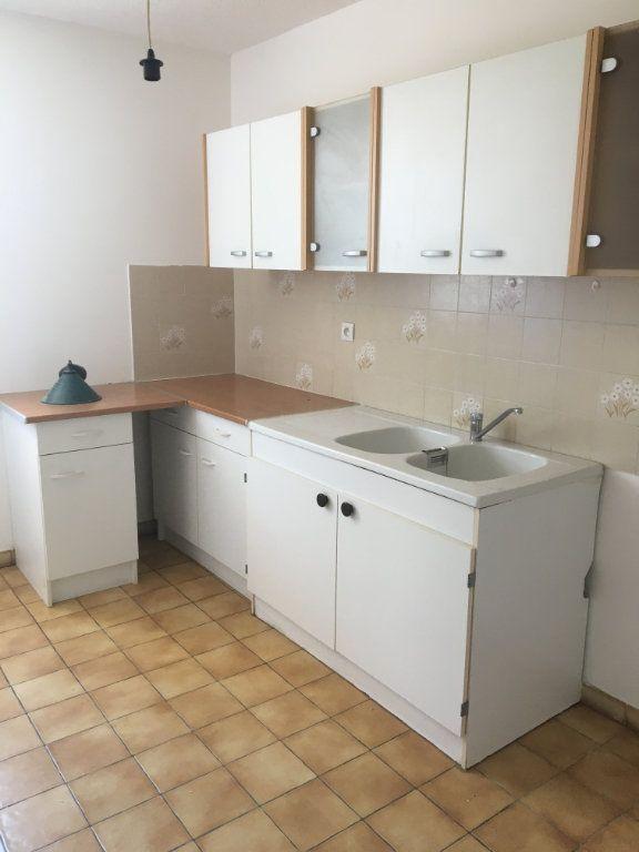 Appartement à louer 2 50m2 à Gréoux-les-Bains vignette-5