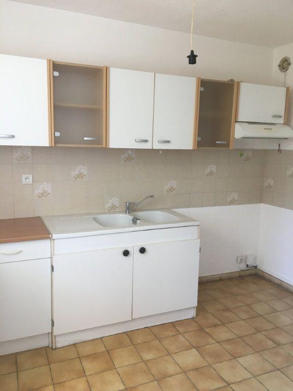 Appartement à louer 2 50m2 à Gréoux-les-Bains vignette-7