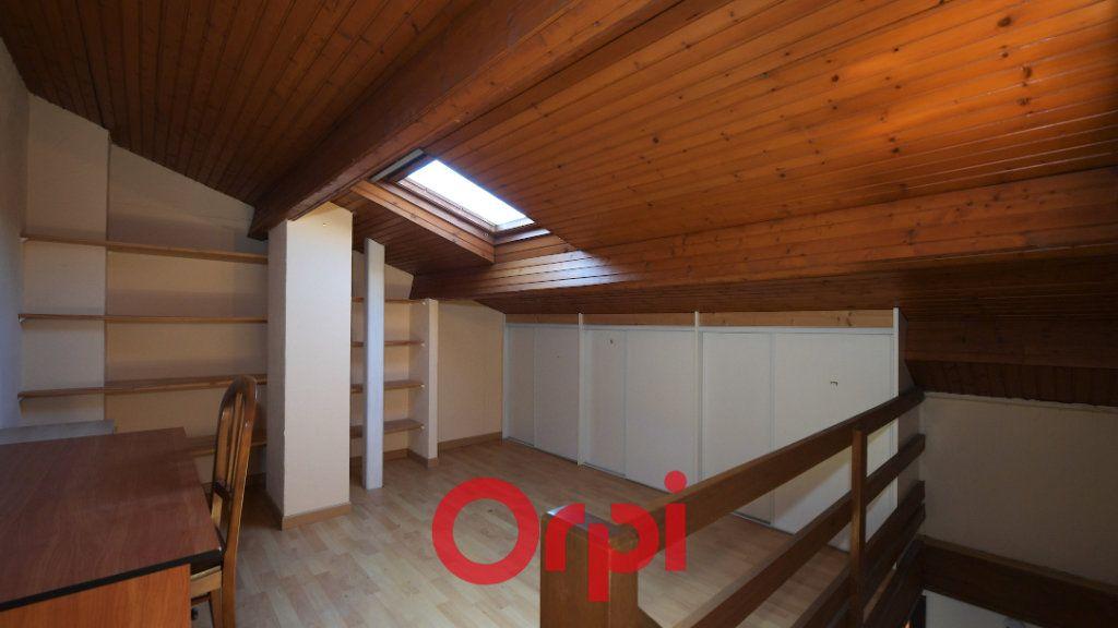 Maison à vendre 6 130m2 à La Rochelle vignette-6