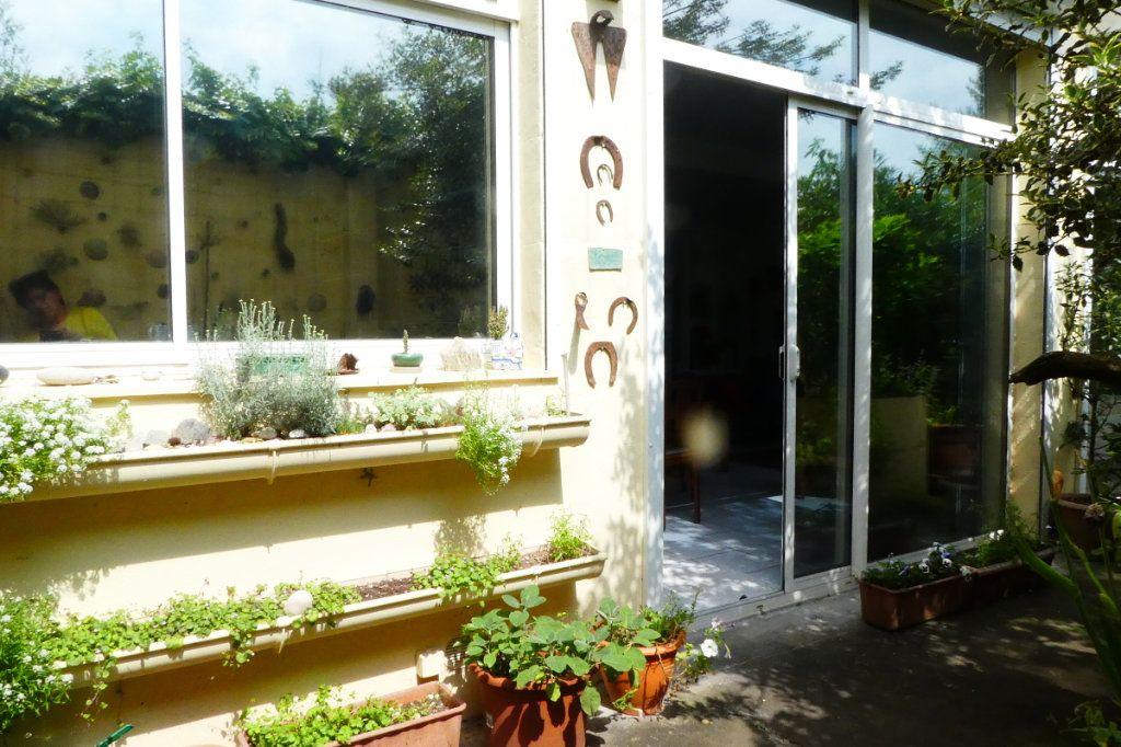 Maison à vendre 5 198m2 à La Rochelle vignette-8