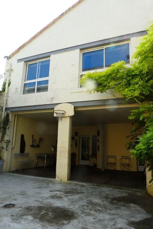 Maison à vendre 5 198m2 à La Rochelle vignette-11