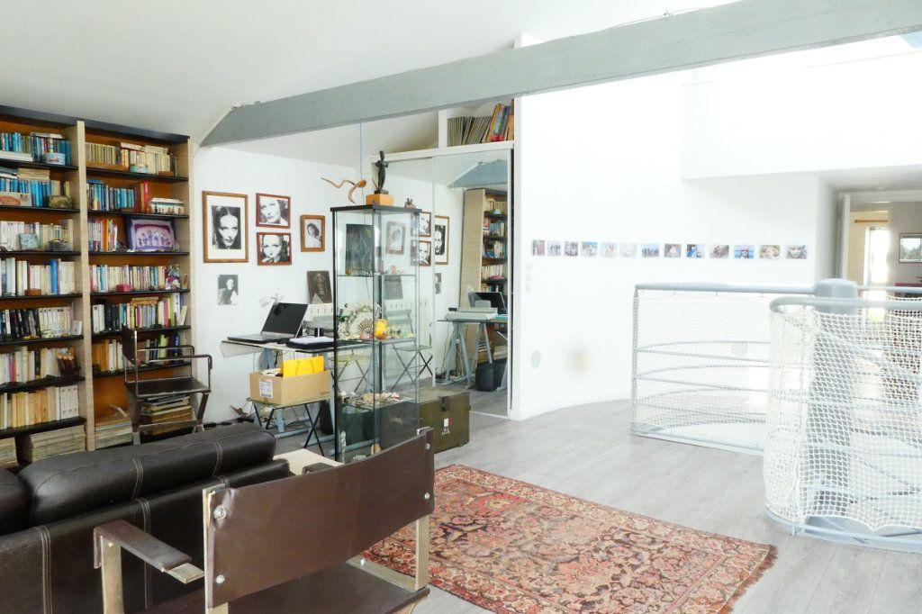 Maison à vendre 5 198m2 à La Rochelle vignette-13