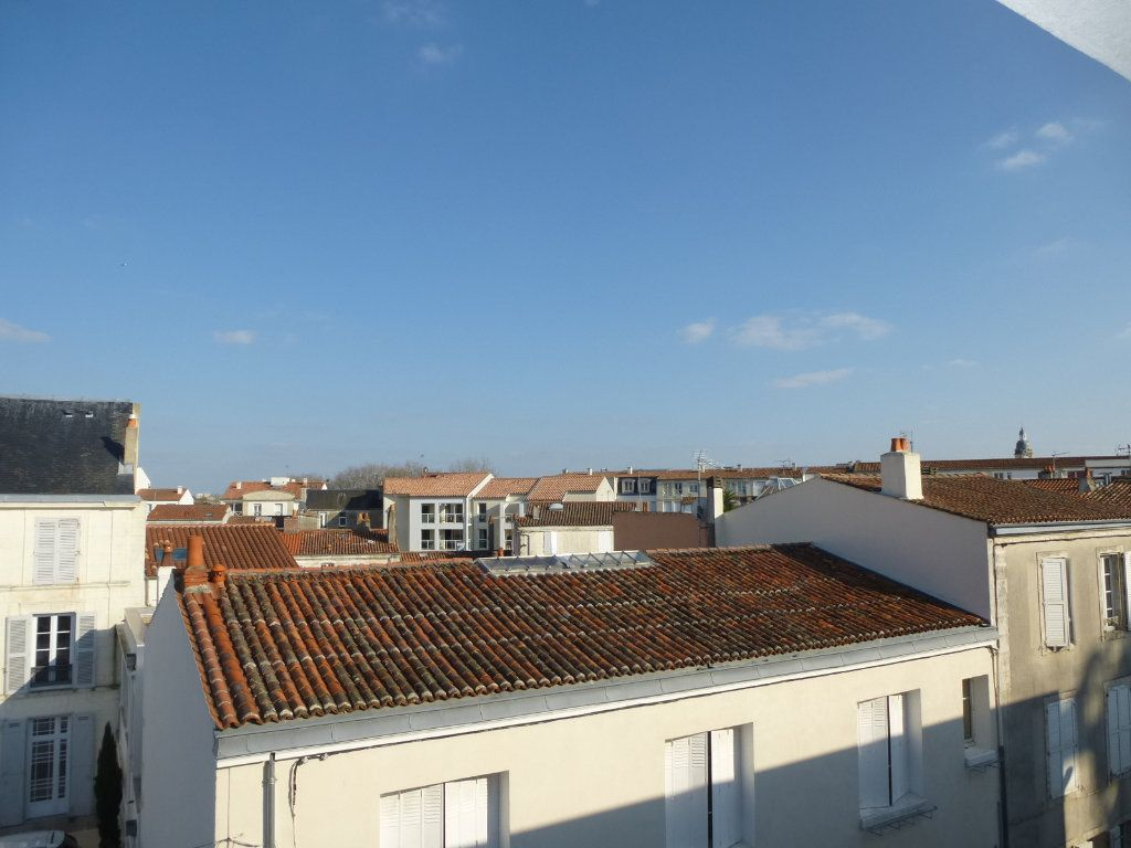 Appartement à louer 1 21.53m2 à La Rochelle vignette-2