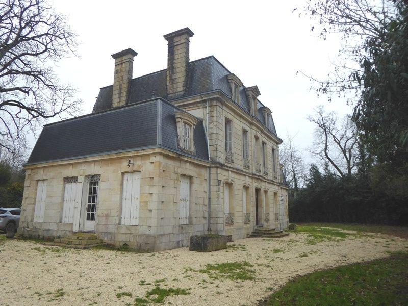 Maison à vendre 10 380m2 à Surgères vignette-1
