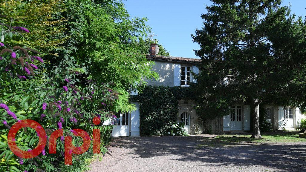 Maison à vendre 11 306m2 à Périgny vignette-2