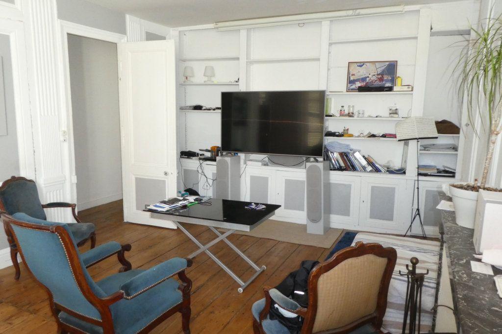 Appartement à vendre 2 68.85m2 à La Rochelle vignette-3