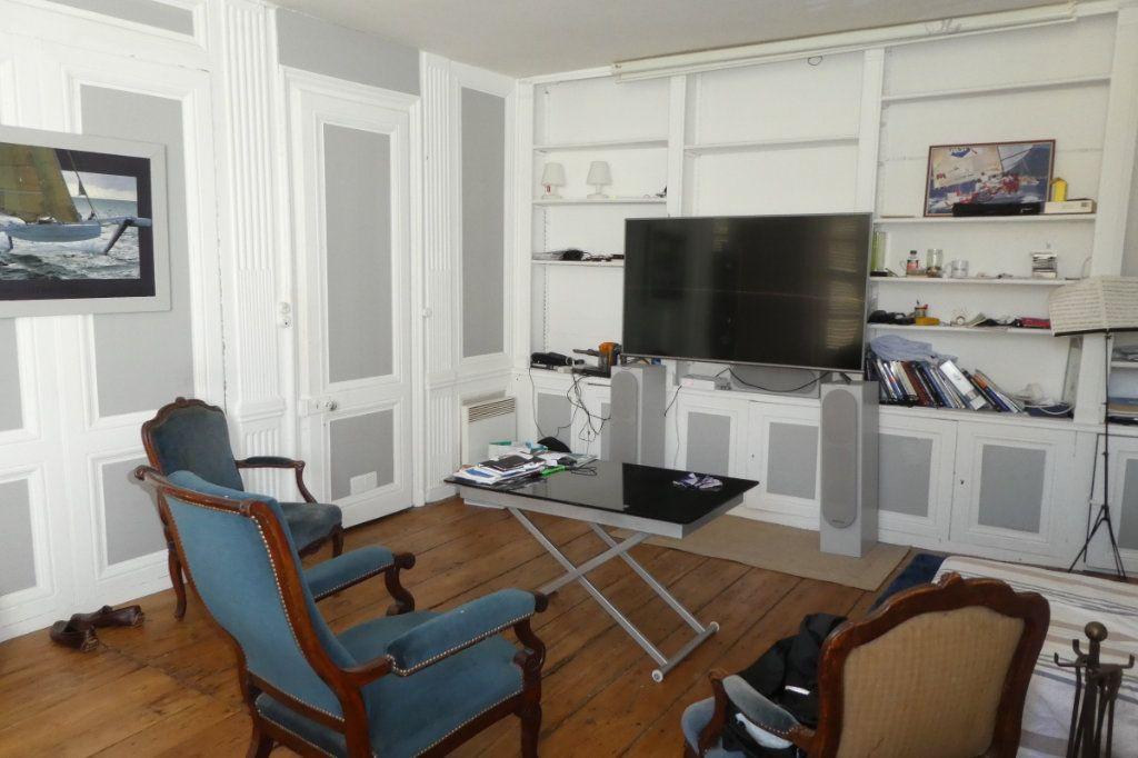 Appartement à vendre 2 68.85m2 à La Rochelle vignette-4