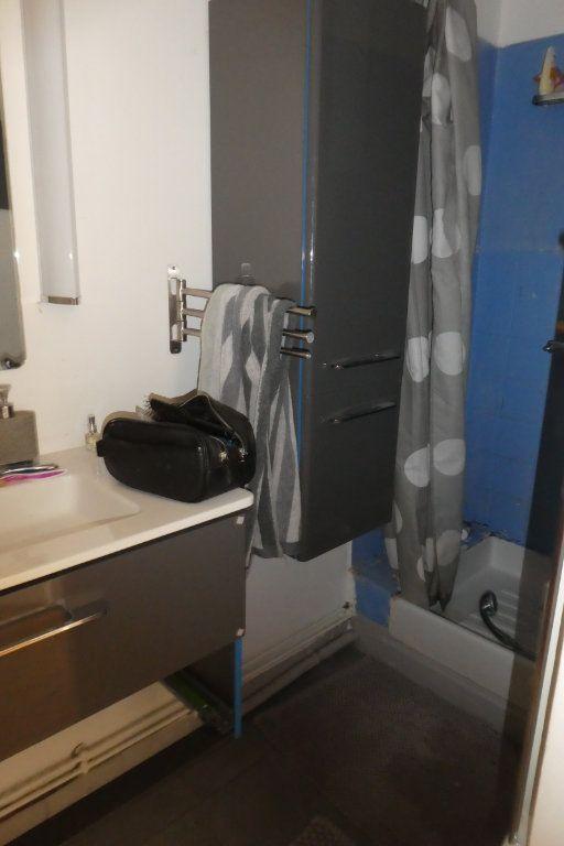 Appartement à vendre 2 68.85m2 à La Rochelle vignette-6