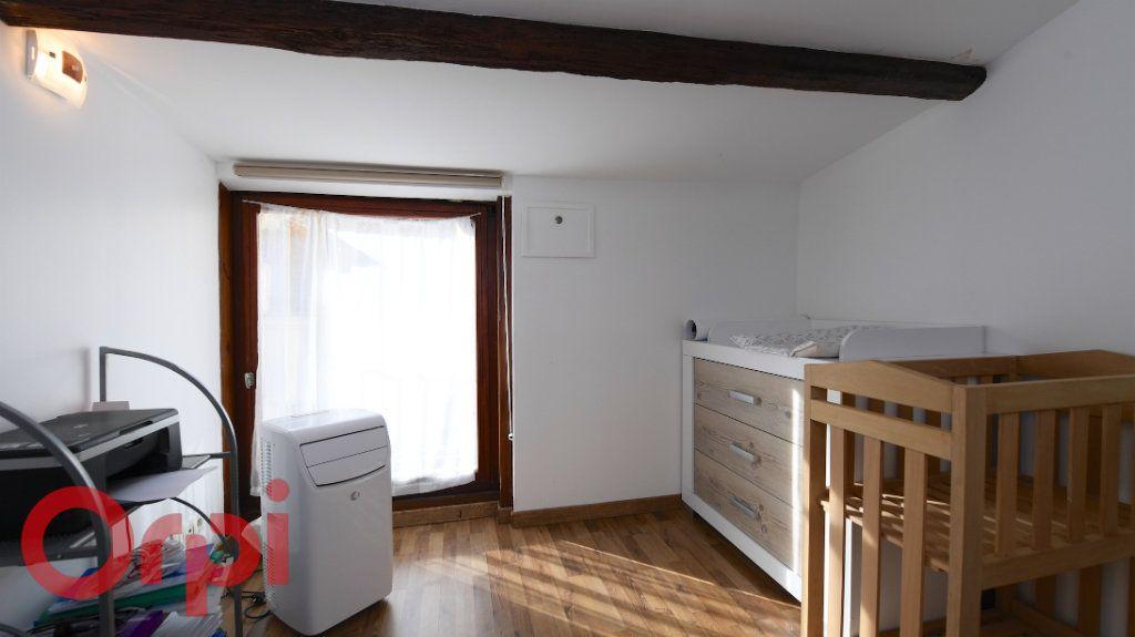 Appartement à vendre 5 85.91m2 à La Rochelle vignette-7