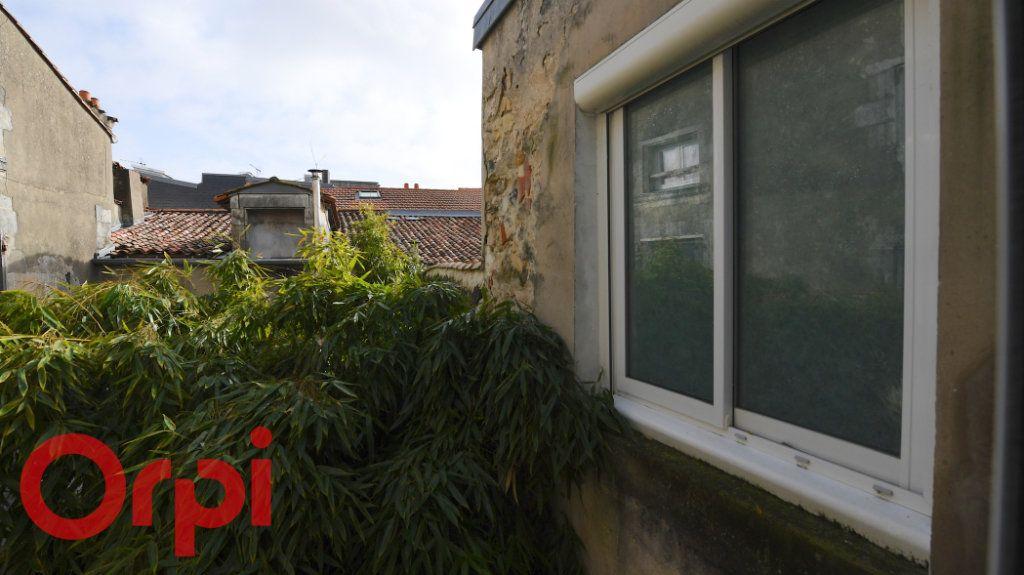 Appartement à vendre 5 85.91m2 à La Rochelle vignette-8
