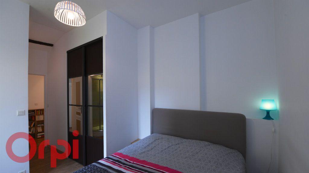 Appartement à vendre 5 85.91m2 à La Rochelle vignette-9