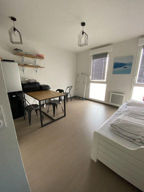 Appartement à louer 1 21.36m2 à La Rochelle vignette-1
