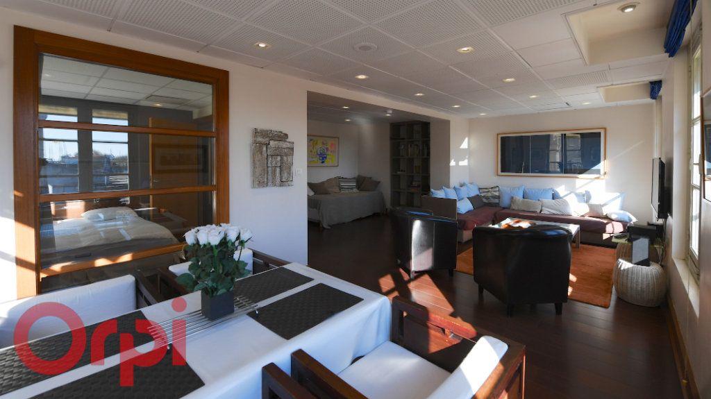 Appartement à vendre 3 77m2 à La Rochelle vignette-3