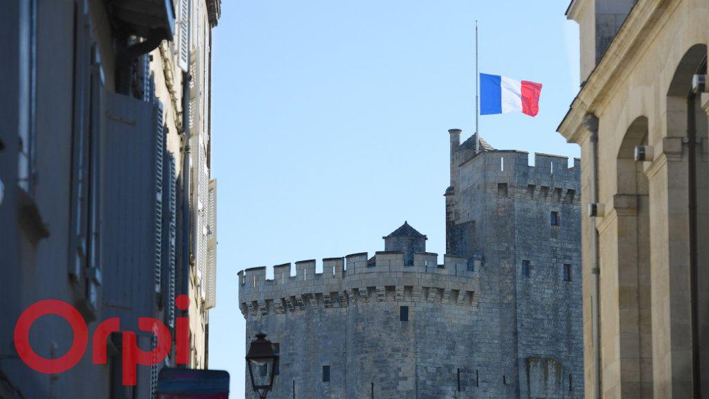 Appartement à vendre 3 77m2 à La Rochelle vignette-10