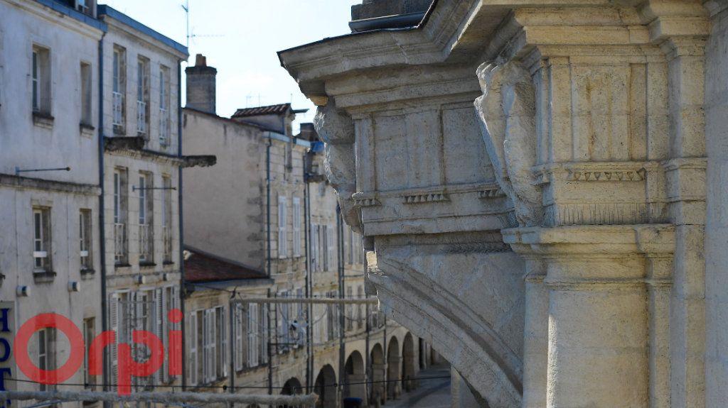 Appartement à vendre 3 77m2 à La Rochelle vignette-15