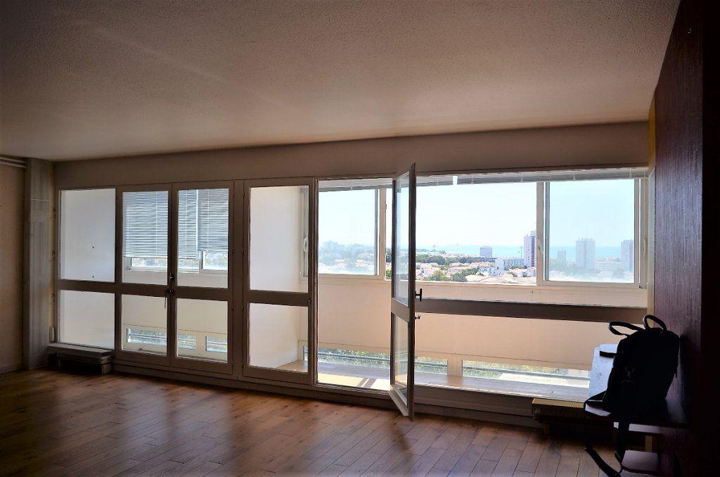 Appartement à vendre 4 98.73m2 à La Rochelle vignette-4