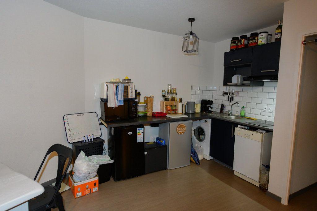 Appartement à vendre 4 83.46m2 à La Rochelle vignette-4